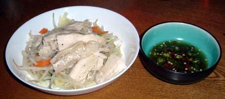 タイ風鶏肉とミックスモヤシの冷製