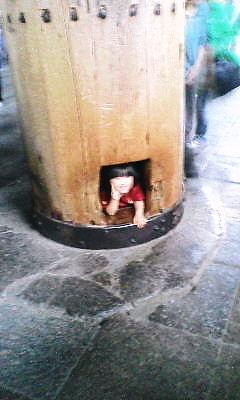 柱の抜け穴ですねーw