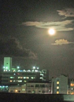 s-moon070927.jpg
