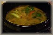 レバースープ(昔、まかない料理だったものを常連さんのリクエストでメニューに加えたそうだ)