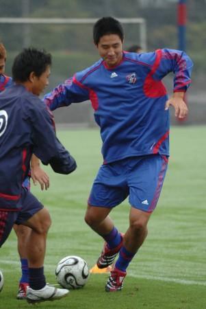 FC東京のグラウンド(東京小平市)で練習を行う平山