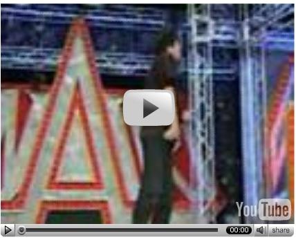 YouTube - 長井秀和 はじめて操作するバイオハザードの主人公はおかしな動きするぞ