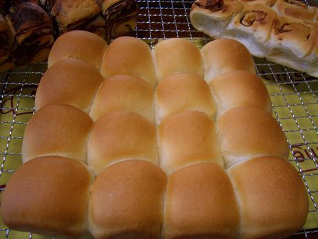 スクエア型で焼いたパン