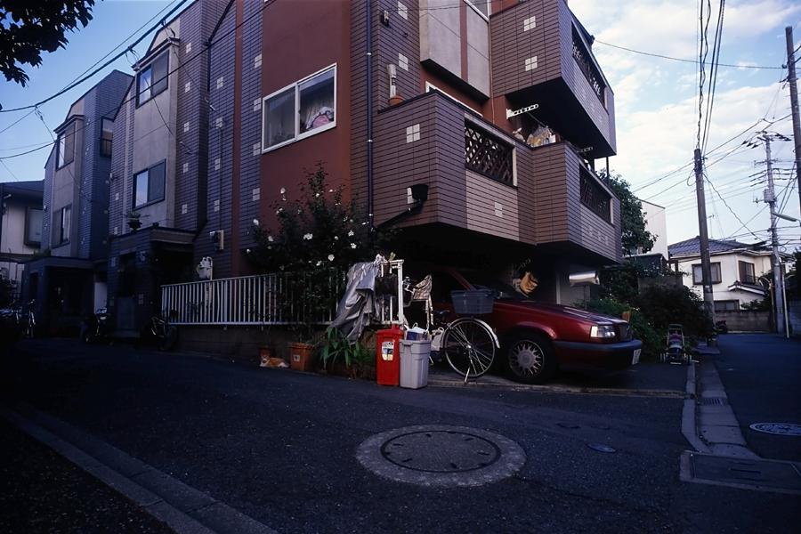 車庫のある家