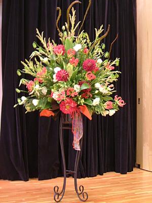 ステージの花