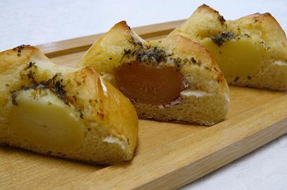 まるごとジャガバターパン