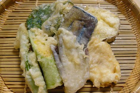 採れ立て野菜と黒鯛の天ぷら