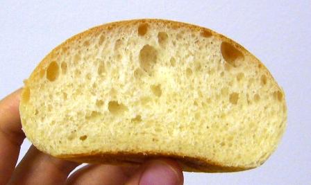 レーズン酵母パン断面0611
