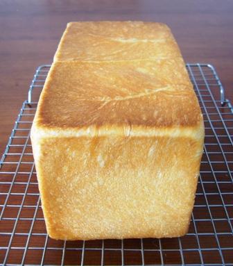 タピオカ粉入り生クリーム食パン