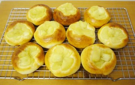 レーズン酵母りんごパン0620