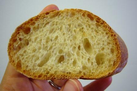 紅茶酵母フランスパン3回目断面