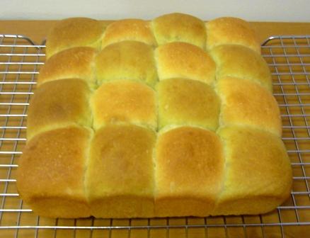 レーズン酵母ちぎりパン