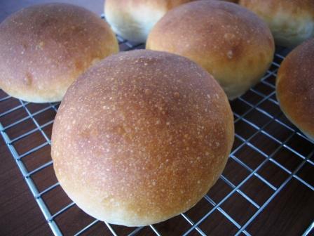 白くないハイジの白パン