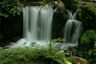 瓜割りの滝