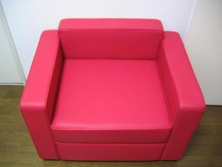 赤ソファー