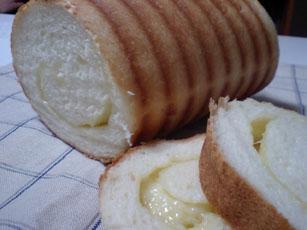 チーズトヨ型パン