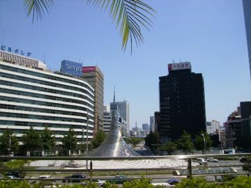 名古屋の駅前