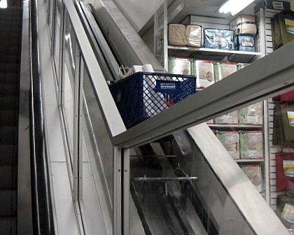 BBBのカート用エレベーター