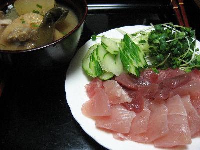 刺身と豚足汁