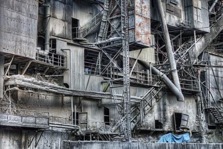 奥多摩工業2_hdr