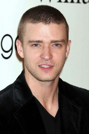 Justin-Timberlake-at-Bloomingdales-in-New-York_342948.jpg