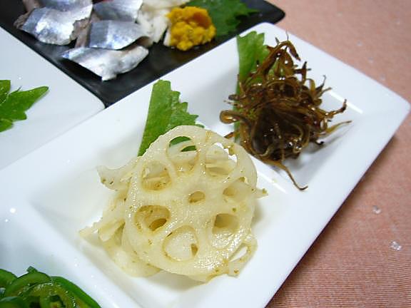 炒め物2品→蓮根の柚子胡椒炒め、小女子の甘辛炒め