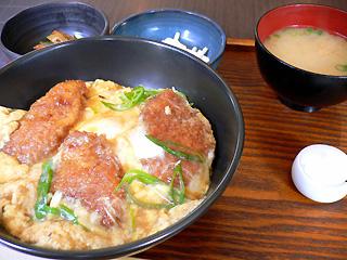 new 's' cafe カツ丼
