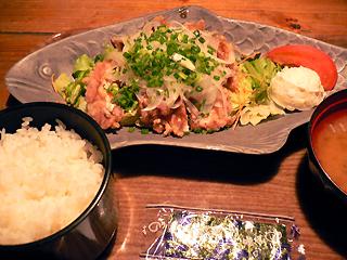 アジアンキッチン お昼の定食