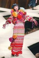 アントニオ・マラスさんによる「ケンゾー」の2004-2005年秋冬コレクション