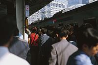 満員電車での通勤はついついイライラしがち。<br />こんなときに『コーピング』はいかが?