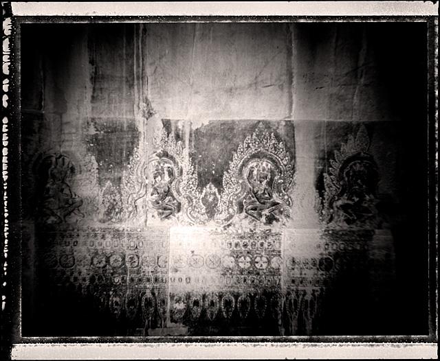 Pinhole_Khmer_01