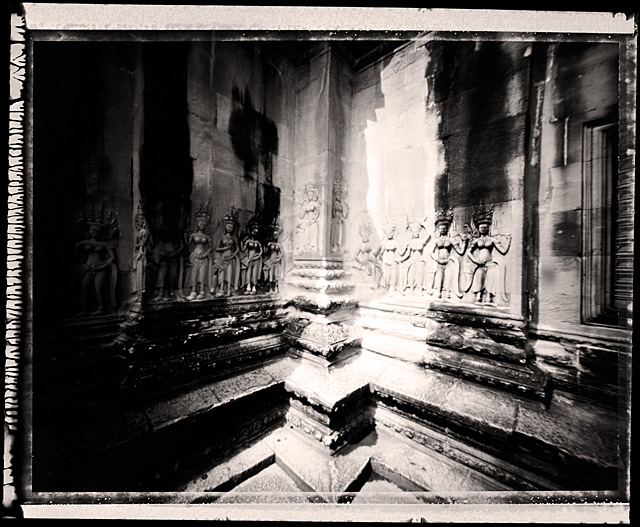 Pinhole_Khmer_07