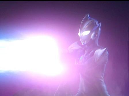 ウルトラの光よ