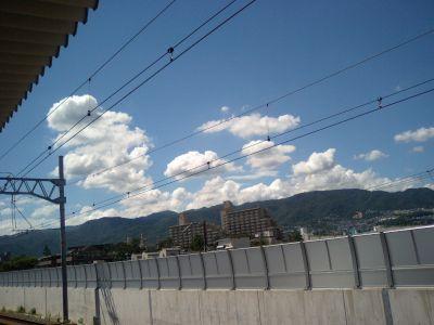 母を訪ねて三千里に出てきそうな雲。