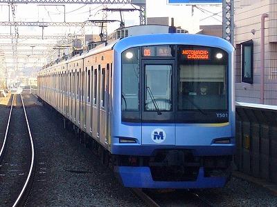 05ゥ Y511F