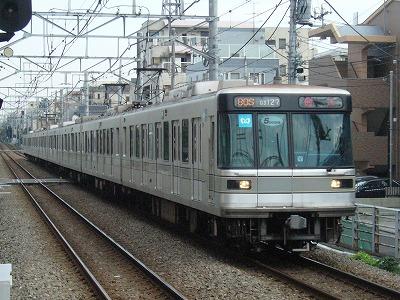 07.11.05 大井町線 80S 03127F 回送