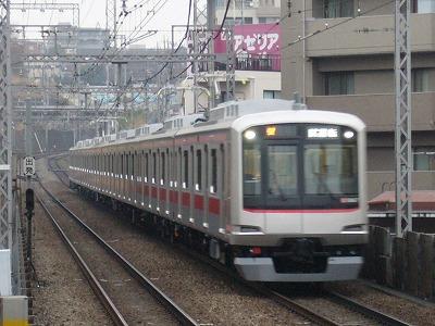 5167F あざみ野にて