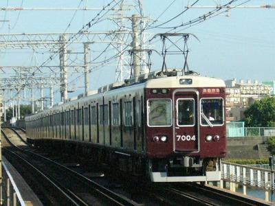 07.08.16 阪急神戸線 7004F 通勤特急梅田