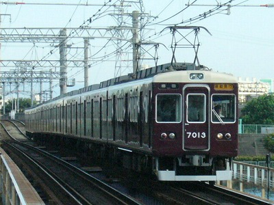 07.08.16 阪急神戸線 7013F 通勤急行梅田