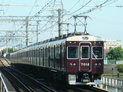 07.08.16 阪急神戸線 7012F 普通梅田