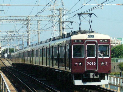 07.08.16 阪急神戸線 7013F 普通梅田