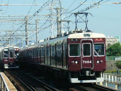 07.08.16 阪急神戸線 7004F 特急梅田