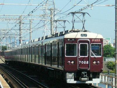 07.08.16 阪急神戸線 7022F 通勤特急梅田