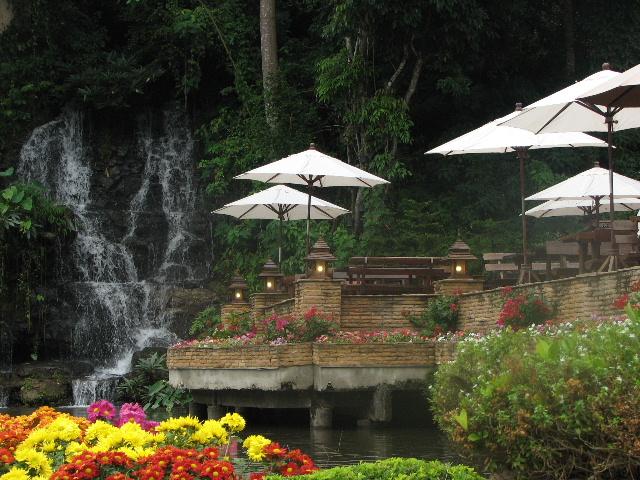 クリサダドイの滝