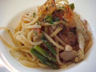 魚介とアスパラのスパゲッティー