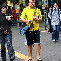 1.5㍑のコーラを片手に掲げたデブが真冬の香港に降臨