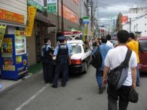 予想以上の混雑ぶりに警察も困惑気味?