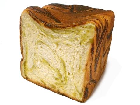 ずんだ餡マーブル食パン@Zopf
