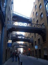walk1-butlerswharf