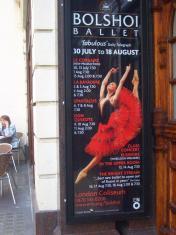 これはツアー公演のポスター